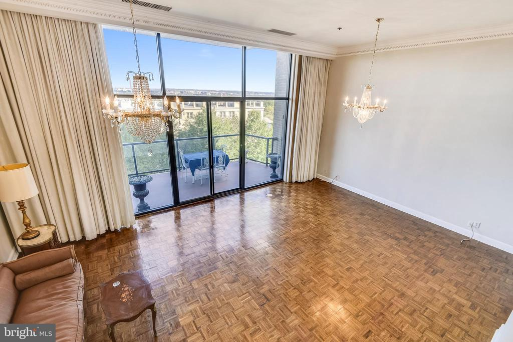 View of living room from bedroom level - 1401 N OAK ST #307, ARLINGTON