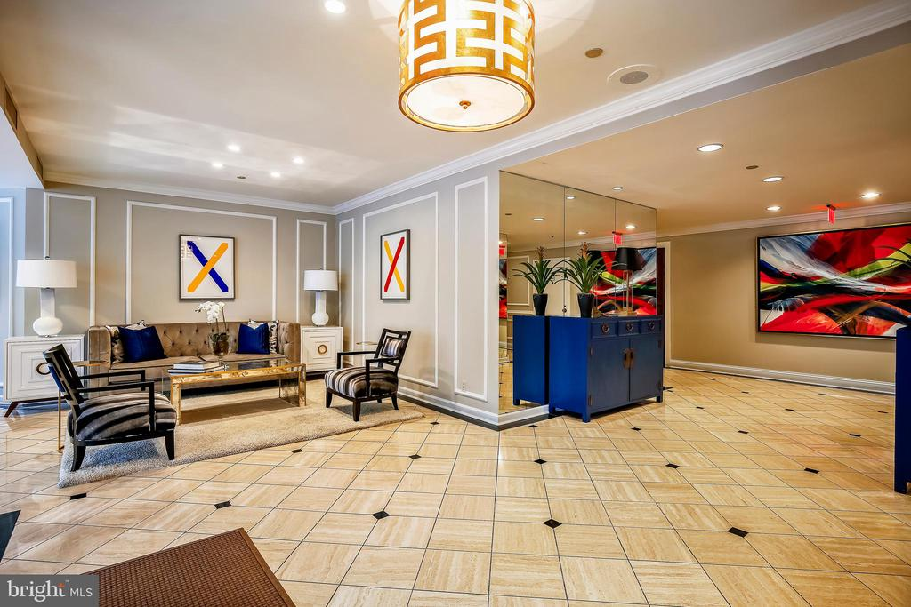 Building lobby - 1401 N OAK ST #307, ARLINGTON