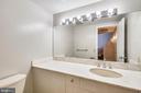 Powder room on entry level - 1401 N OAK ST #307, ARLINGTON