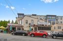 Restaurant - The Quarter Deck - 1401 N OAK ST #307, ARLINGTON
