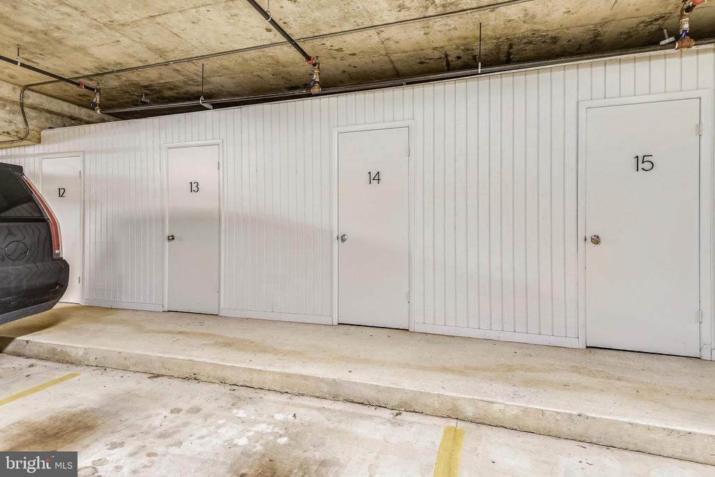 Storage bin for condo - 1401 N OAK ST #307, ARLINGTON