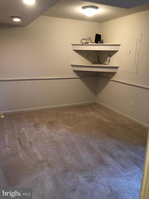 1st level / 3rd bedroom - 205 BACKRIDGE CT, FREDERICKSBURG