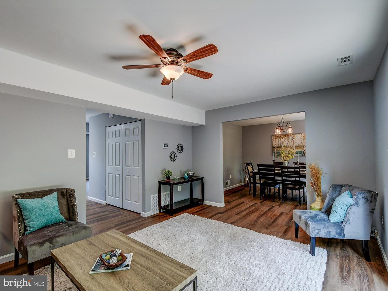 Single Family Homes voor Verkoop op Edgewood, Maryland 21040 Verenigde Staten