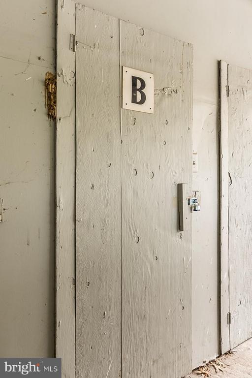 Storage space B - 7956 SILVERADA PL #B, ALEXANDRIA