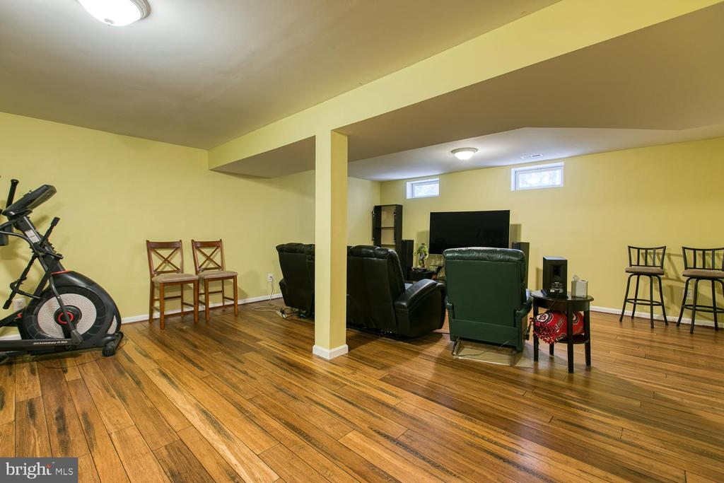 Large Rec Room in Basement w/ Bamboo Floors - 7 EMERALD DR, FREDERICKSBURG