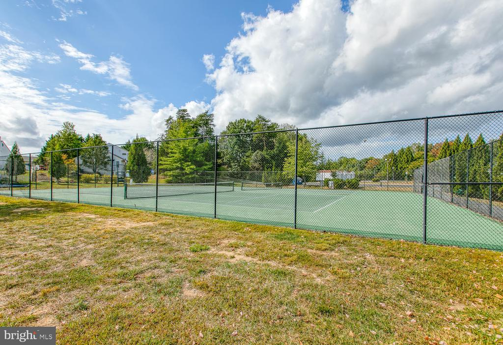 Community Tennis Courts - 7 EMERALD DR, FREDERICKSBURG