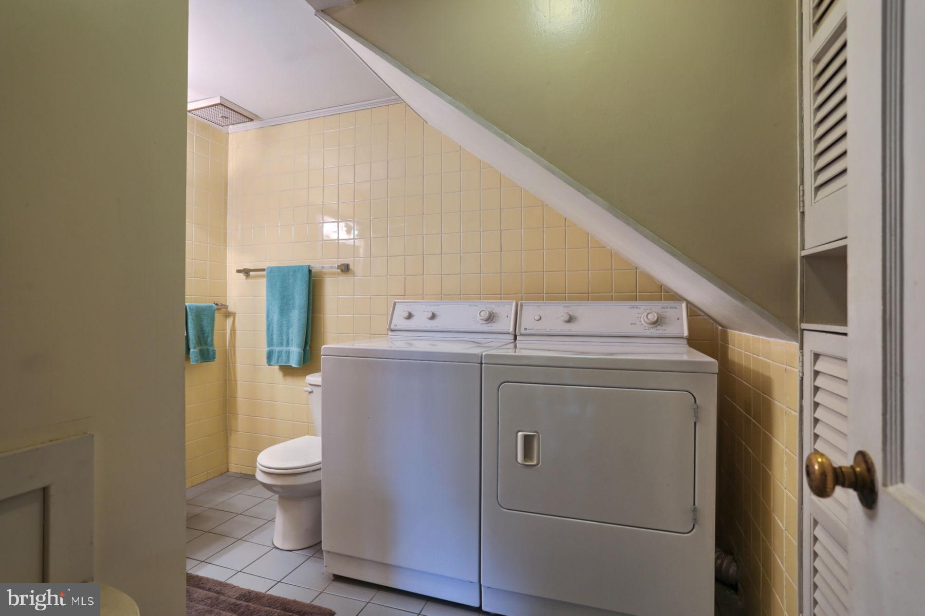 1st Floor Laundry/Bath