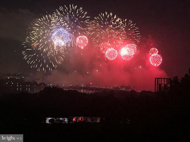 4th of July fireworks from 550 balcony - 1200 NASH ST #550-561, ARLINGTON