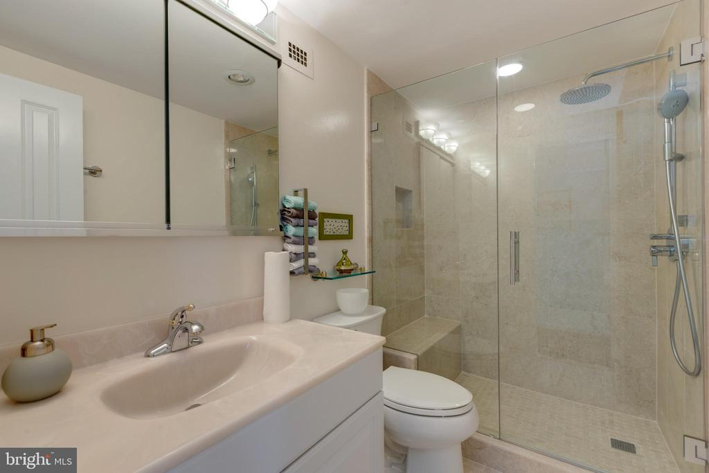 Master Bath - 1200 NASH ST #550-561, ARLINGTON