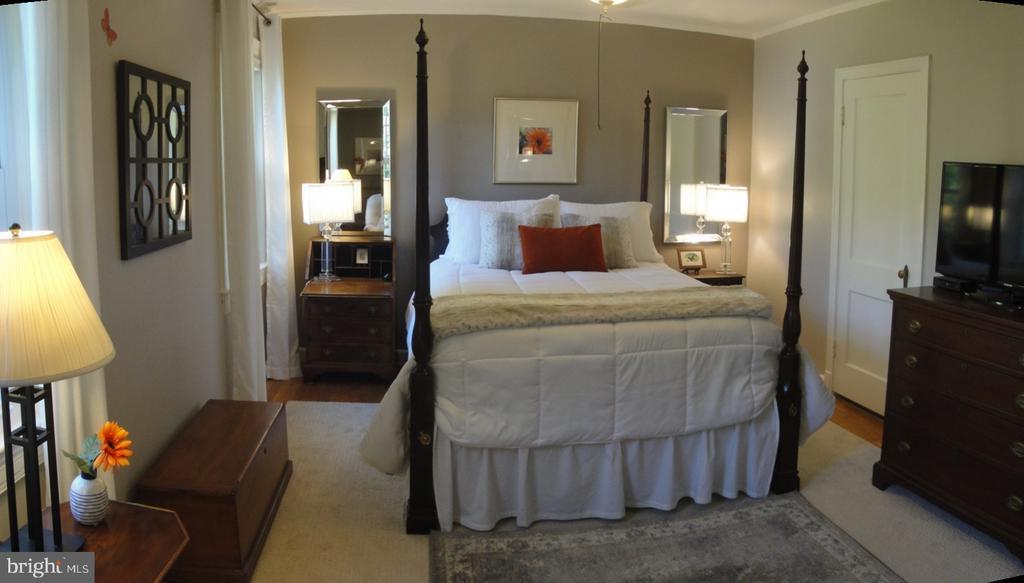 Plenty of room for furnishing here - 1100 S BARTON ST S #292, ARLINGTON