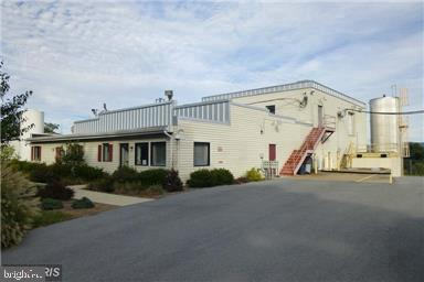 Single Family Homes för Försäljning vid Edinburg, Virginia 22824 Förenta staterna
