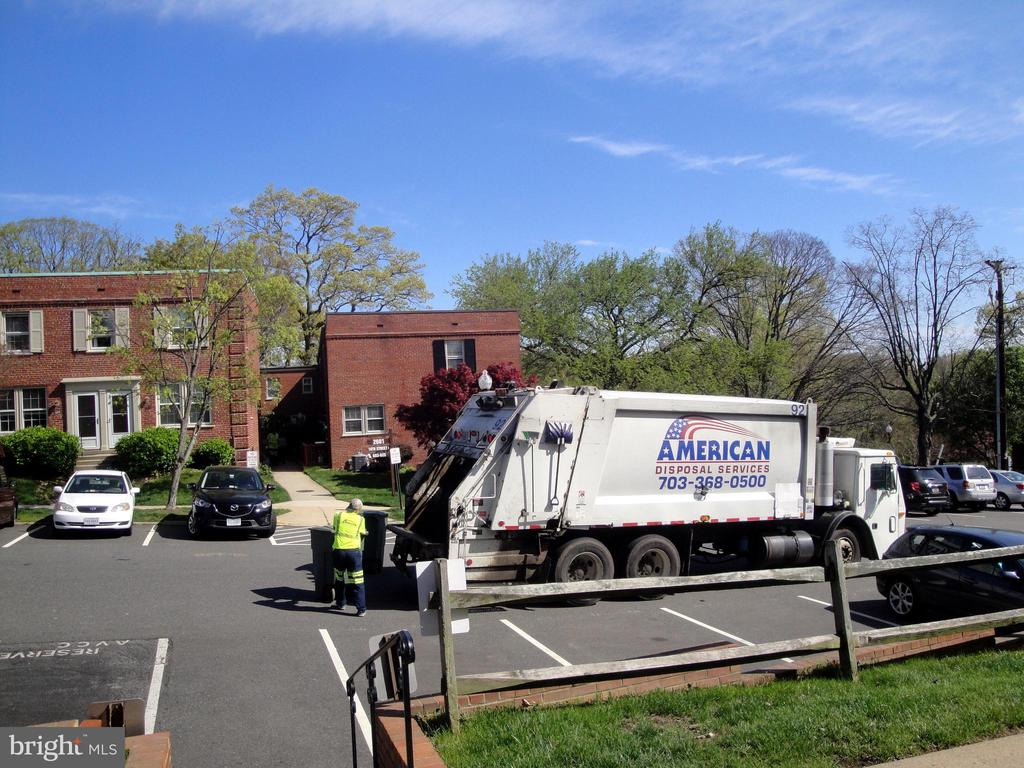 Water, sewer, trash & recycling included - 1100 S BARTON ST S #292, ARLINGTON