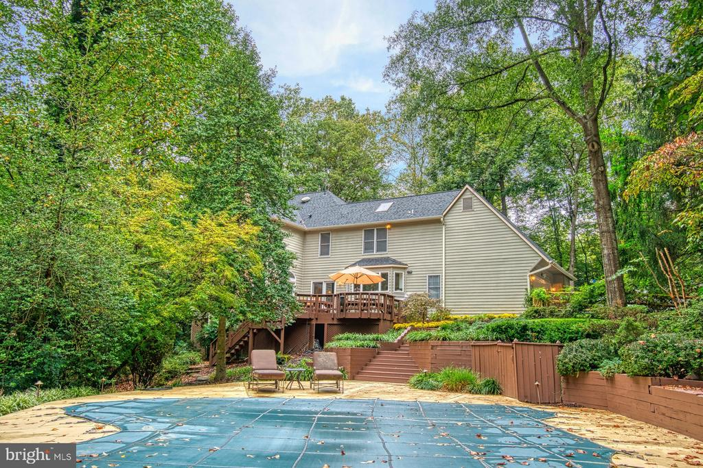 - 11307 STONELEDGE CT, RESTON