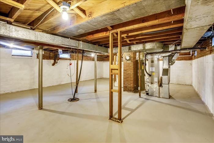 Large basement storage space and room to grow. - 508 CARROLL AVE, MOUNT AIRY