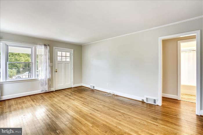 Beautiful wood floors adorn this lovely home. - 508 CARROLL AVE, MOUNT AIRY