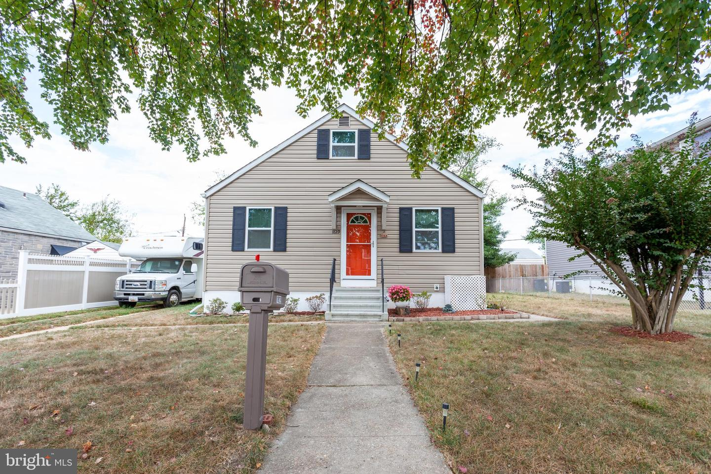 Single Family Homes 용 매매 에 Dundalk, 메릴랜드 21222 미국