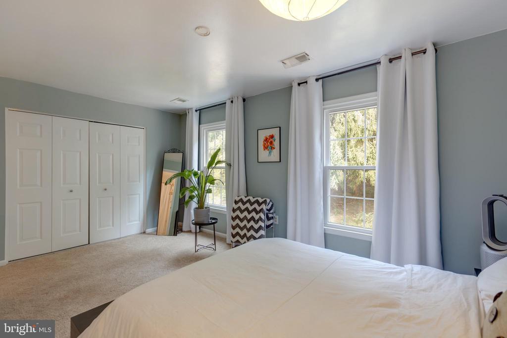 Master bedroom - 4449 HOLLY AVE, FAIRFAX