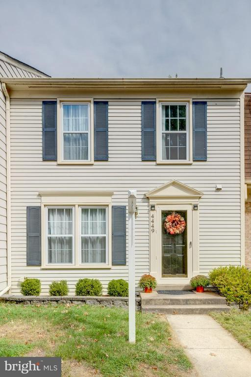 Welcome home! - 4449 HOLLY AVE, FAIRFAX