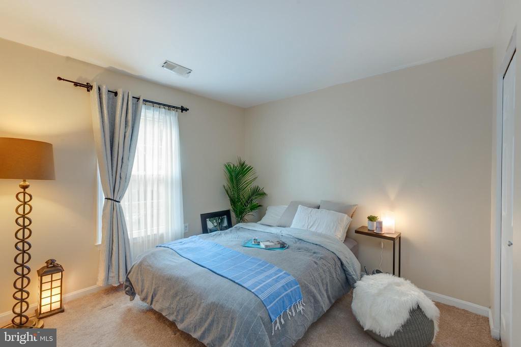 2nd bedroom - 4449 HOLLY AVE, FAIRFAX
