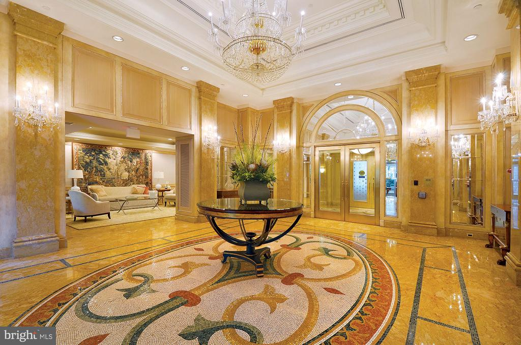 Parc Somerset Lobby - 5630 WISCONSIN AVE #501, CHEVY CHASE