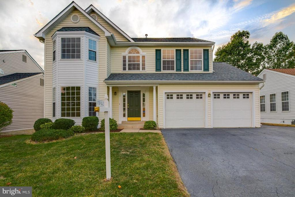 Welcome Home - 40 LAKESIDE DR, STAFFORD