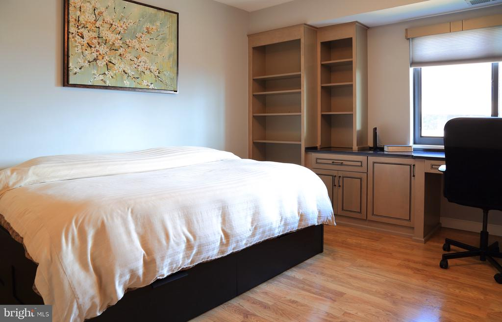 Second bedroom - 1600 N OAK ST #1510, ARLINGTON