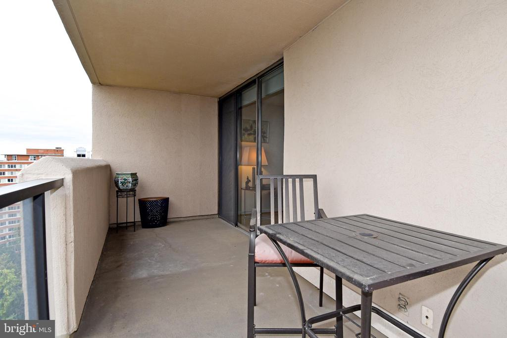 20 Foot Balcony - 2nd View - 1101 S ARLINGTON RIDGE RD #903, ARLINGTON