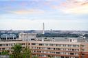Views of Washington Monument & July 4th Fireworks - 1101 S ARLINGTON RIDGE RD #903, ARLINGTON