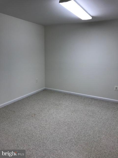 den at basement - 45586 TRESTLE TER, STERLING