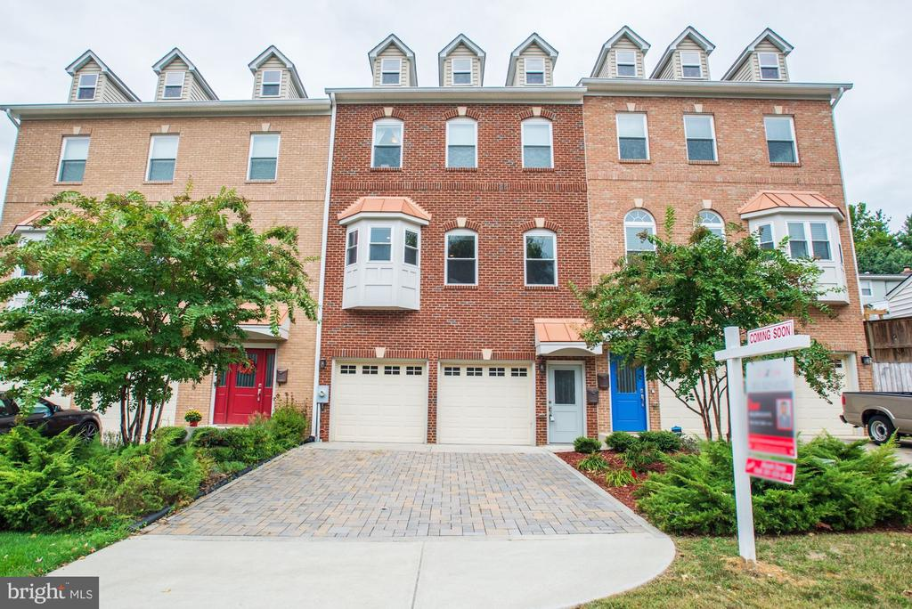 Welcome to 3513 22nd St S! - 3513 22ND ST S, ARLINGTON