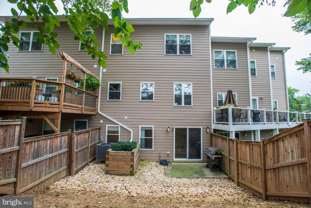 Private backyard, with tons of possibilities. - 3513 22ND ST S, ARLINGTON