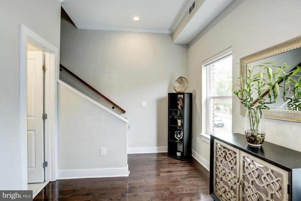 Recessed lights throughout the main level. - 3513 22ND ST S, ARLINGTON