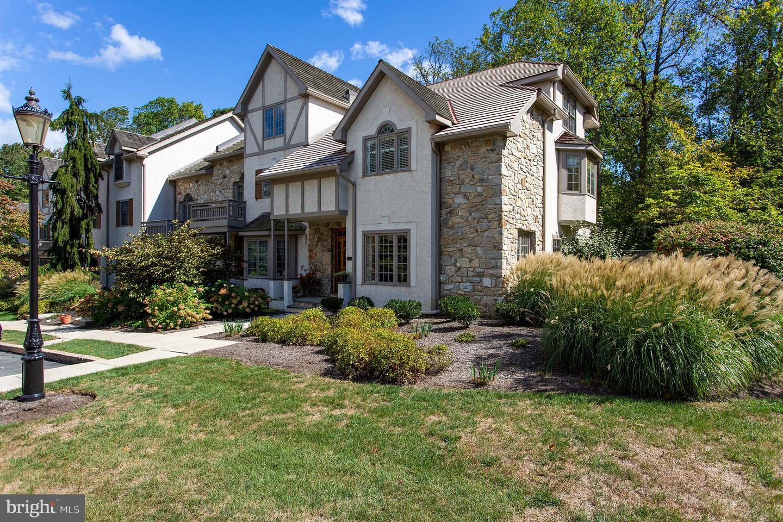 Single Family Homes για την Πώληση στο 217 CAMBRIDGE CHASE Exton, Πενσιλβανια 19341 Ηνωμένες Πολιτείες