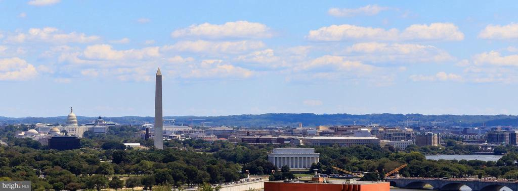 Looking to the DC Monuments from the open balcony - 1600 N OAK ST #1510, ARLINGTON