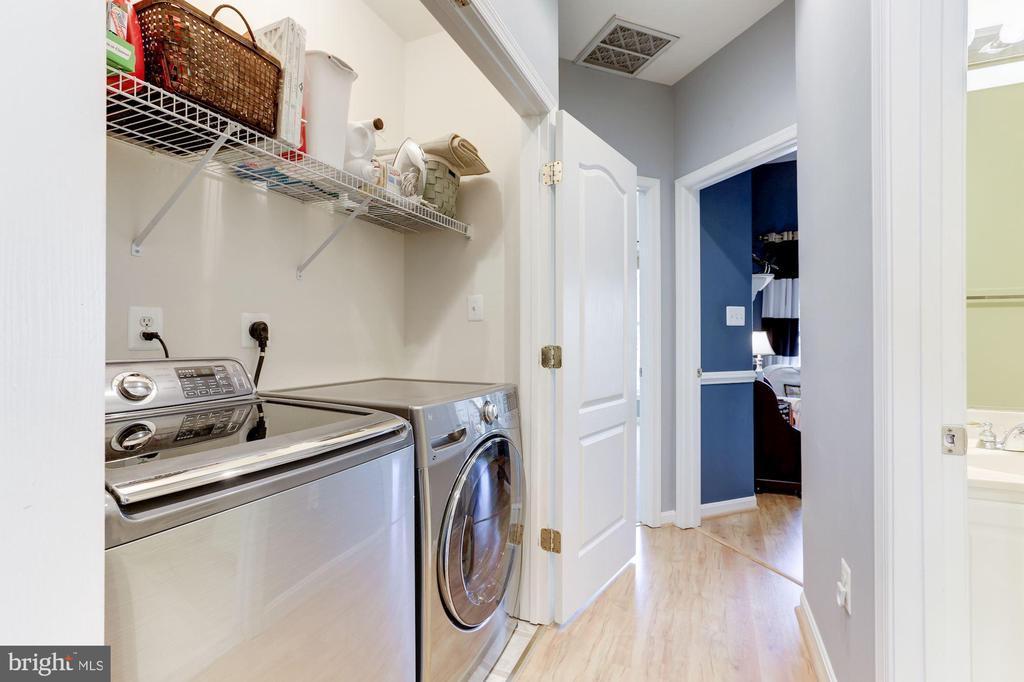 Laundry on Bedroom Level - 5266 COLONEL JOHNSON LN, ALEXANDRIA