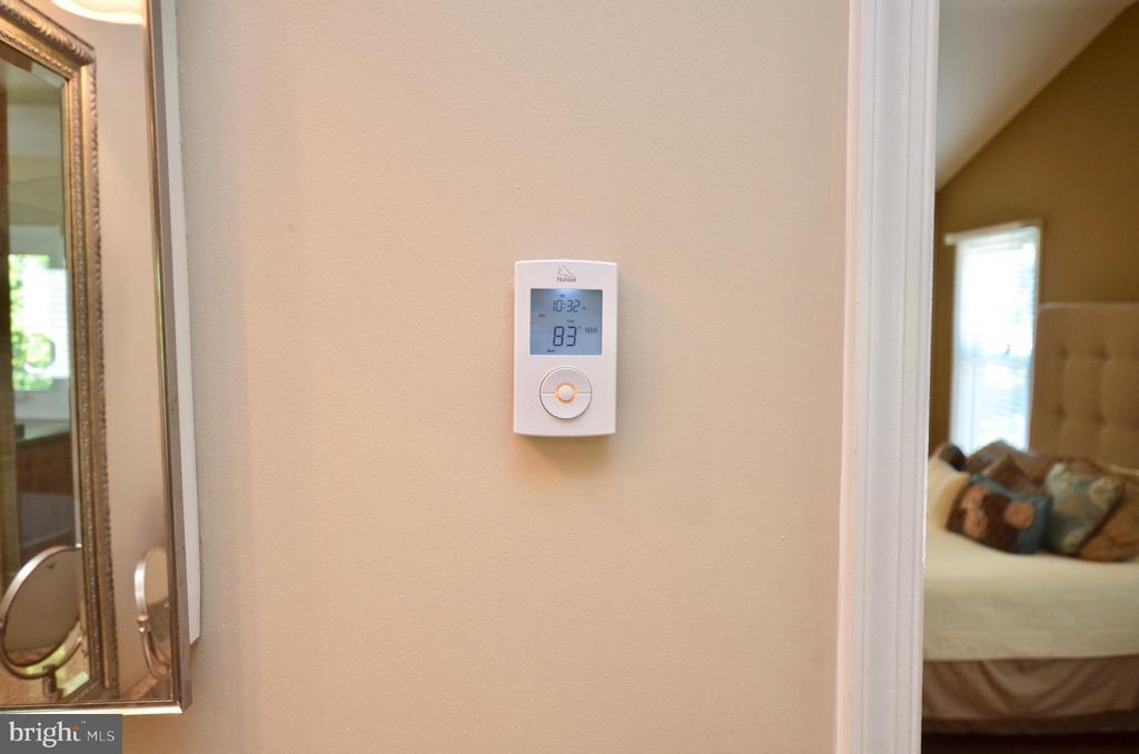 Heated floors in master bedroom - 46432 MONTGOMERY PL, STERLING