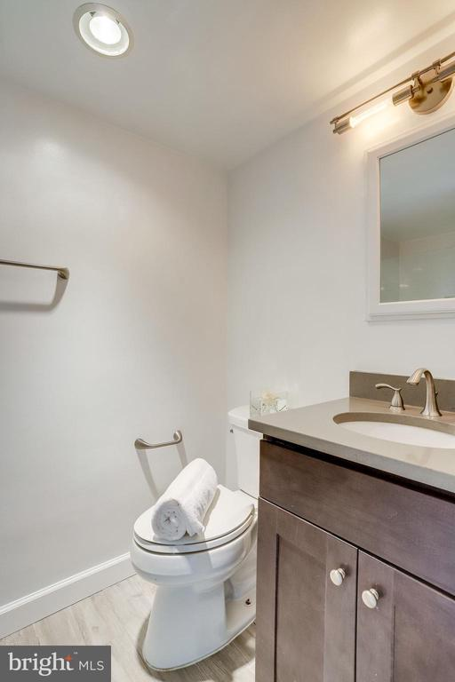 Refined style just made an impression! - 5353 COLUMBIA PIKE #602, ARLINGTON