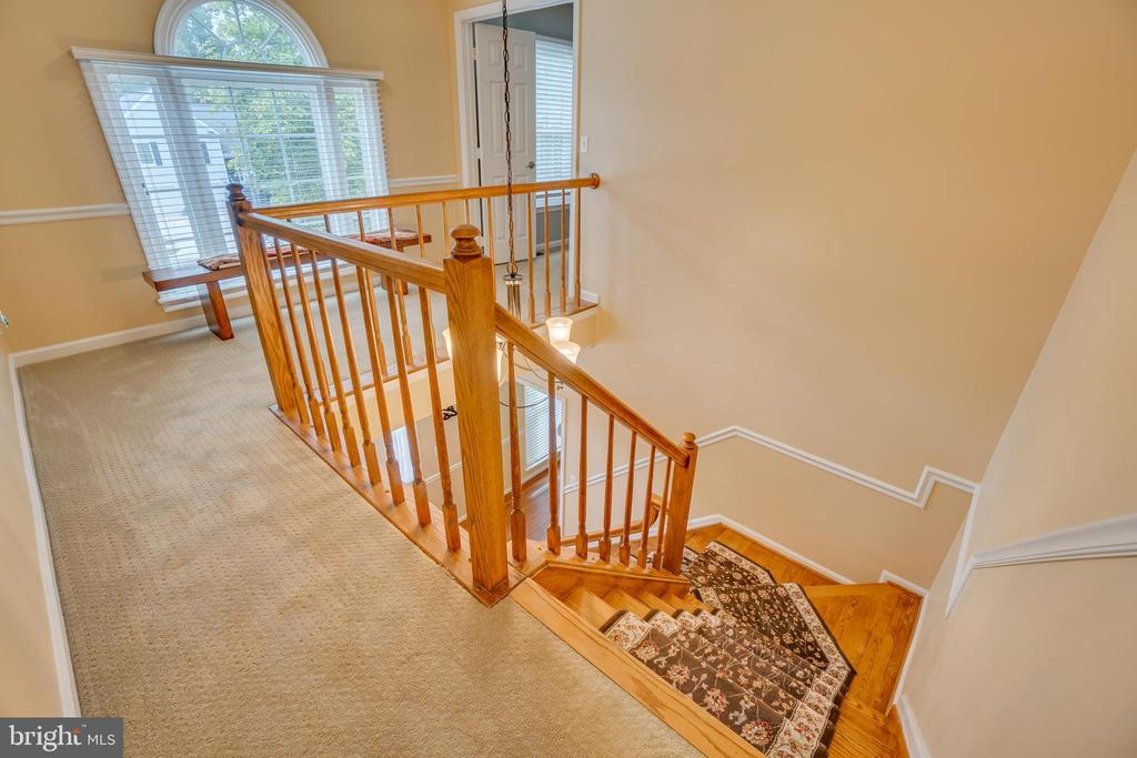 Balcony Overlooking Lower Level - 260 GREENSPRING DR, STAFFORD