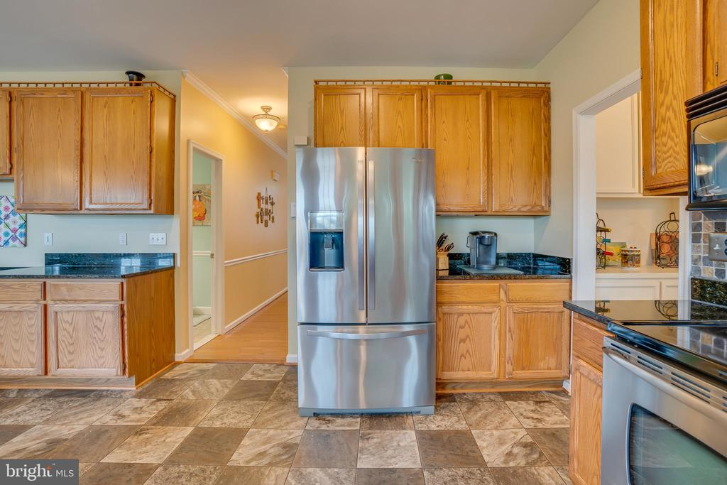 Whirlpool Appliances - 260 GREENSPRING DR, STAFFORD