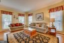 Formal Living Room - 260 GREENSPRING DR, STAFFORD