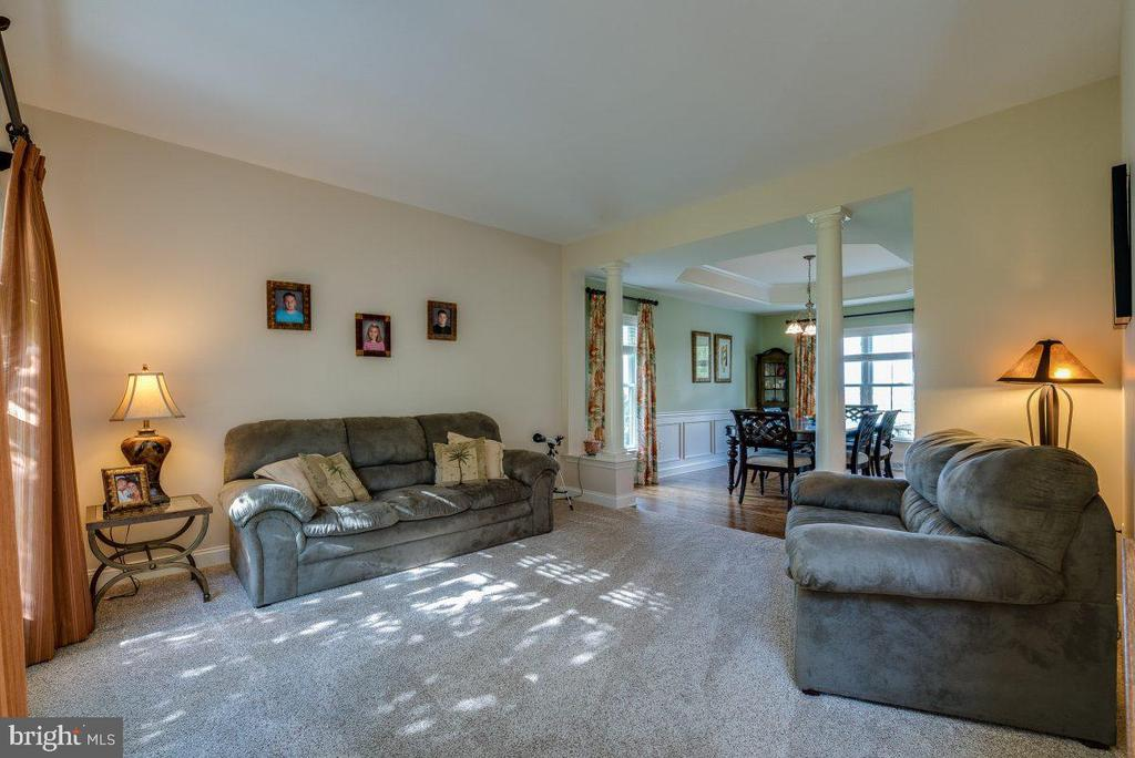 - 796 CHESTNUT HILL DR, COLUMBIA