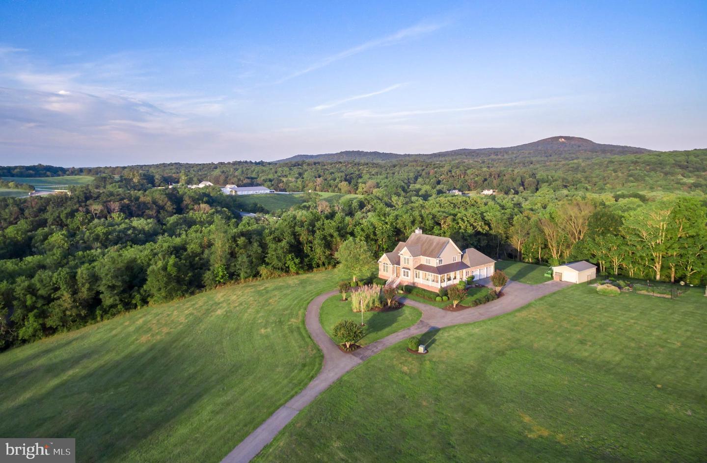 Single Family Homes för Försäljning vid Adamstown, Maryland 21710 Förenta staterna