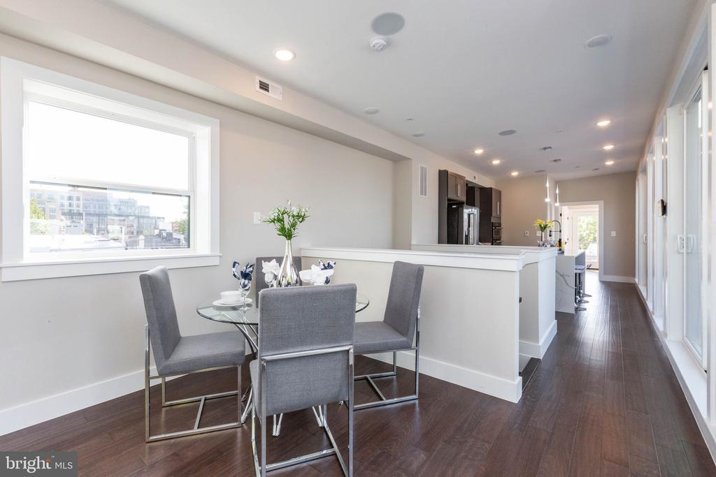 #2 dining room - 910 9TH ST NE #1, WASHINGTON
