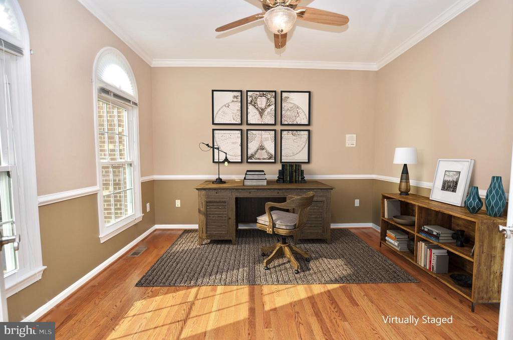 Main level office - virtually staged - 46432 MONTGOMERY PL, STERLING