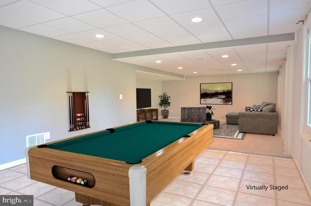Finished basement perfect for entertaining. - 46432 MONTGOMERY PL, STERLING