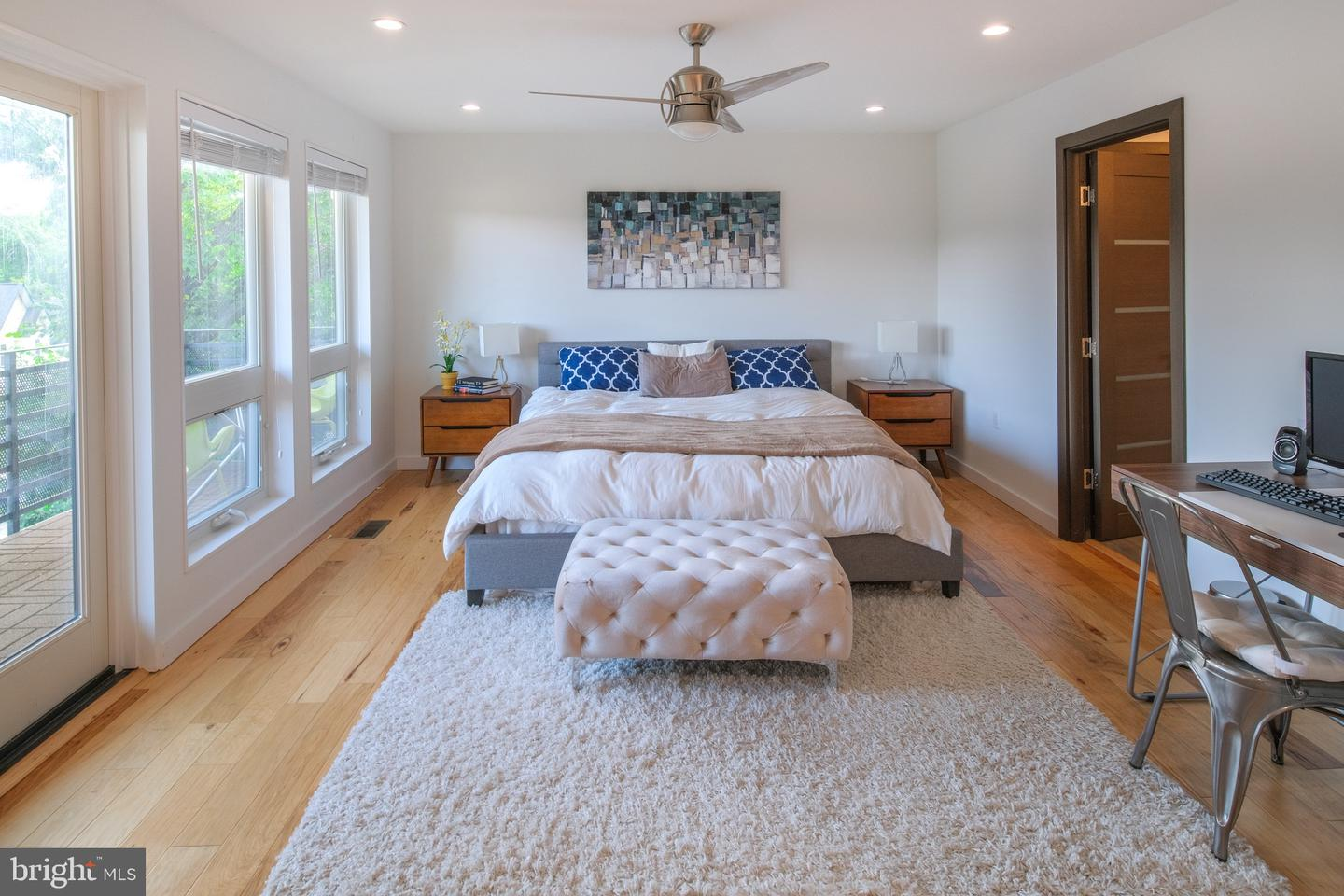 Additional photo for property listing at  Cabin John, Maryland 20818 Hoa Kỳ