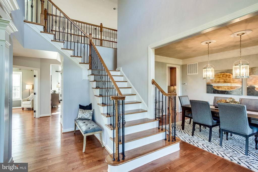 Let's Head Upstairs - 20353 TANAGER PL, LEESBURG