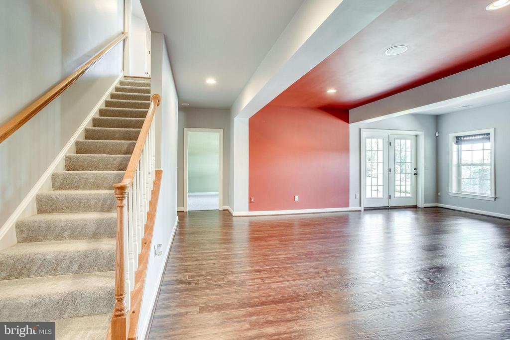 Glass Door Leads to Lower Level Staircase - 20353 TANAGER PL, LEESBURG