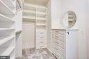 First Master Closet w/Locking Dresser - 20353 TANAGER PL, LEESBURG