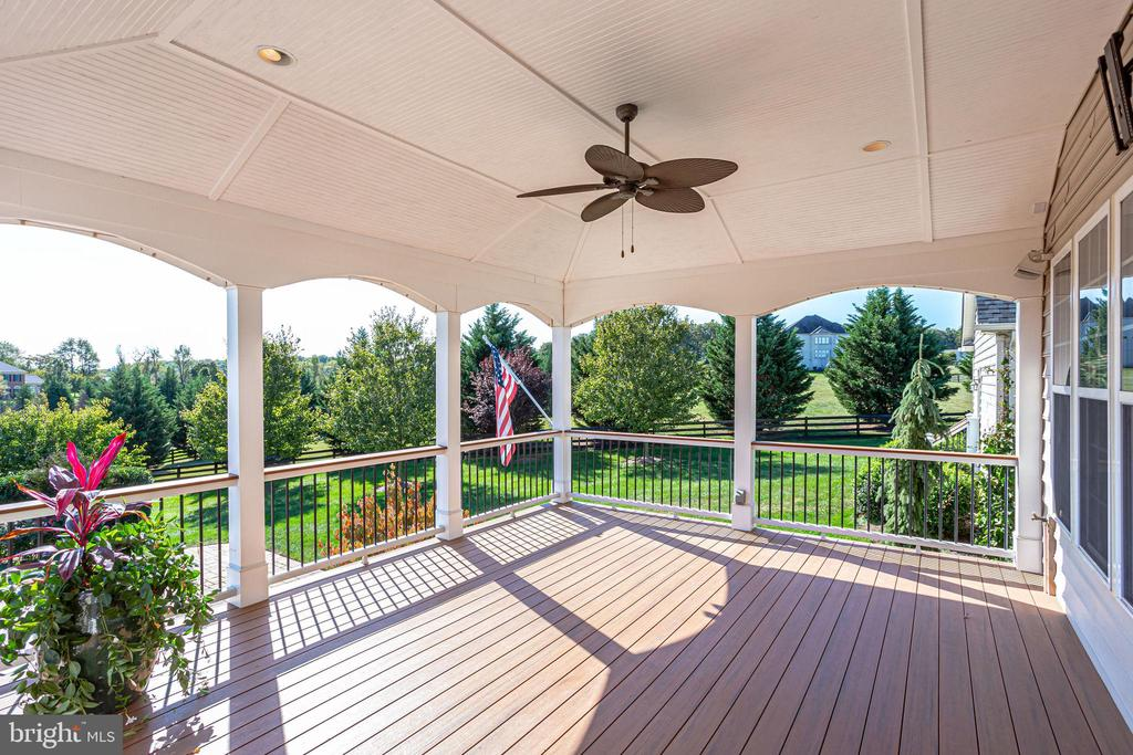 Enjoy the Shaded Ambiance Cooled by Ceiling Fan - 20353 TANAGER PL, LEESBURG